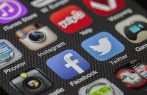 CrowdFire review social media