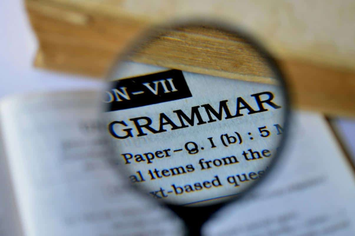 Specs Grammarly Proofreading Software