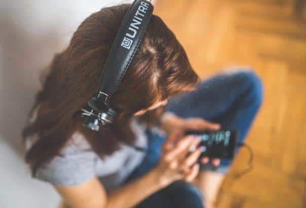 Podcasts and audiobooks